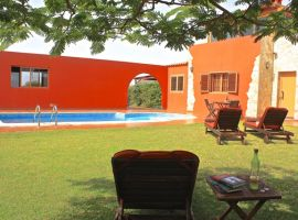 Villa with pool and best place to chill close to Valles Ortega