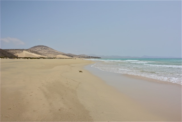 Langer Strand ca bis zum Meer ca
